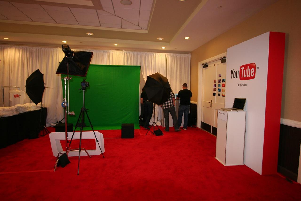 YouTube_VidCon'11_PLAY Room - 103.jpg