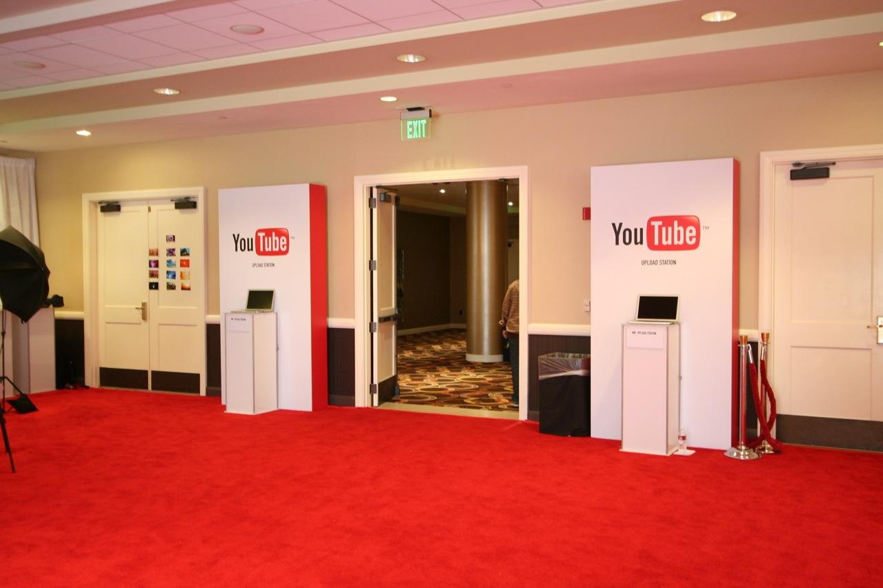 YouTube_VidCon'11_PLAY Room - 108.jpg