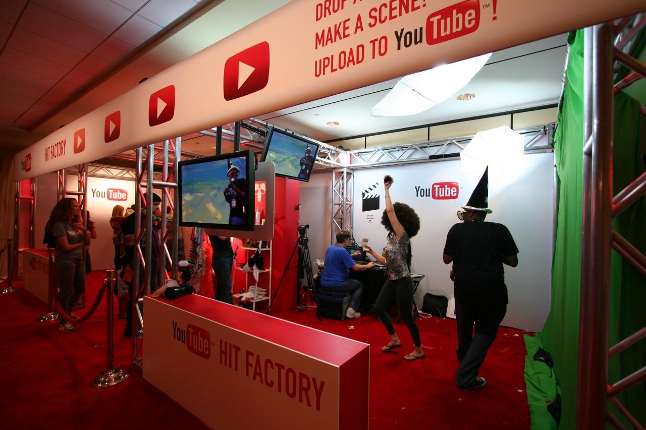 YouTube_VidCon'11_PLAY Room - 118.jpg