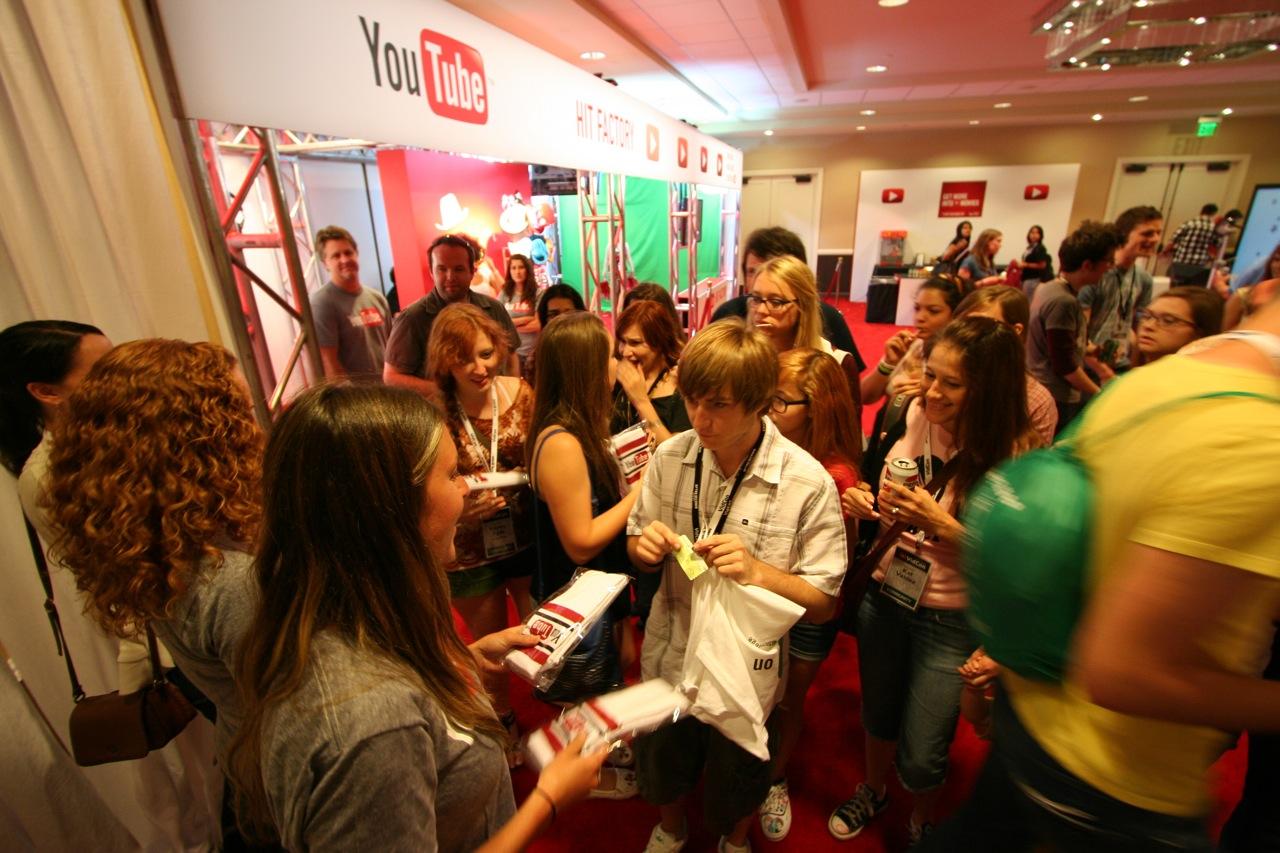 YouTube_VidCon'11_PLAY Room - 140.jpg