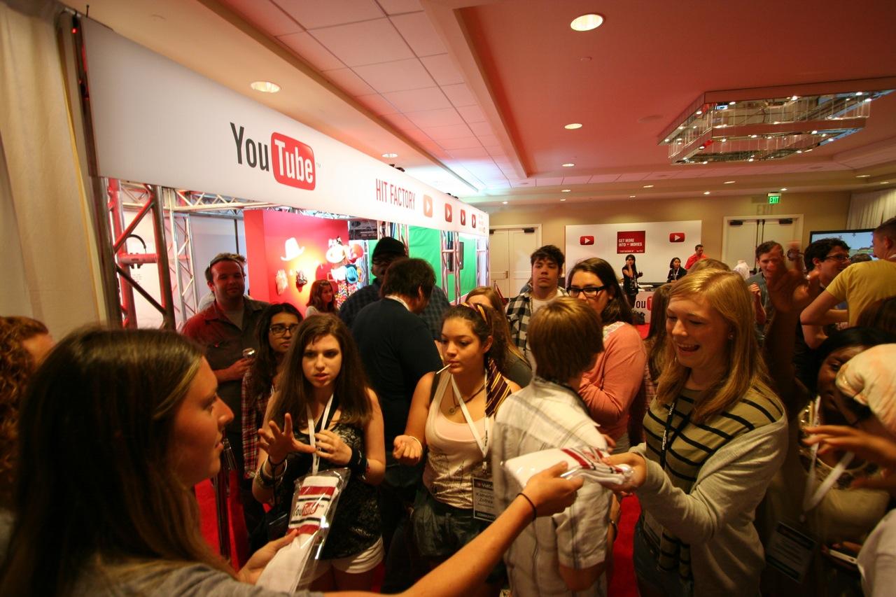 YouTube_VidCon'11_PLAY Room - 142.jpg