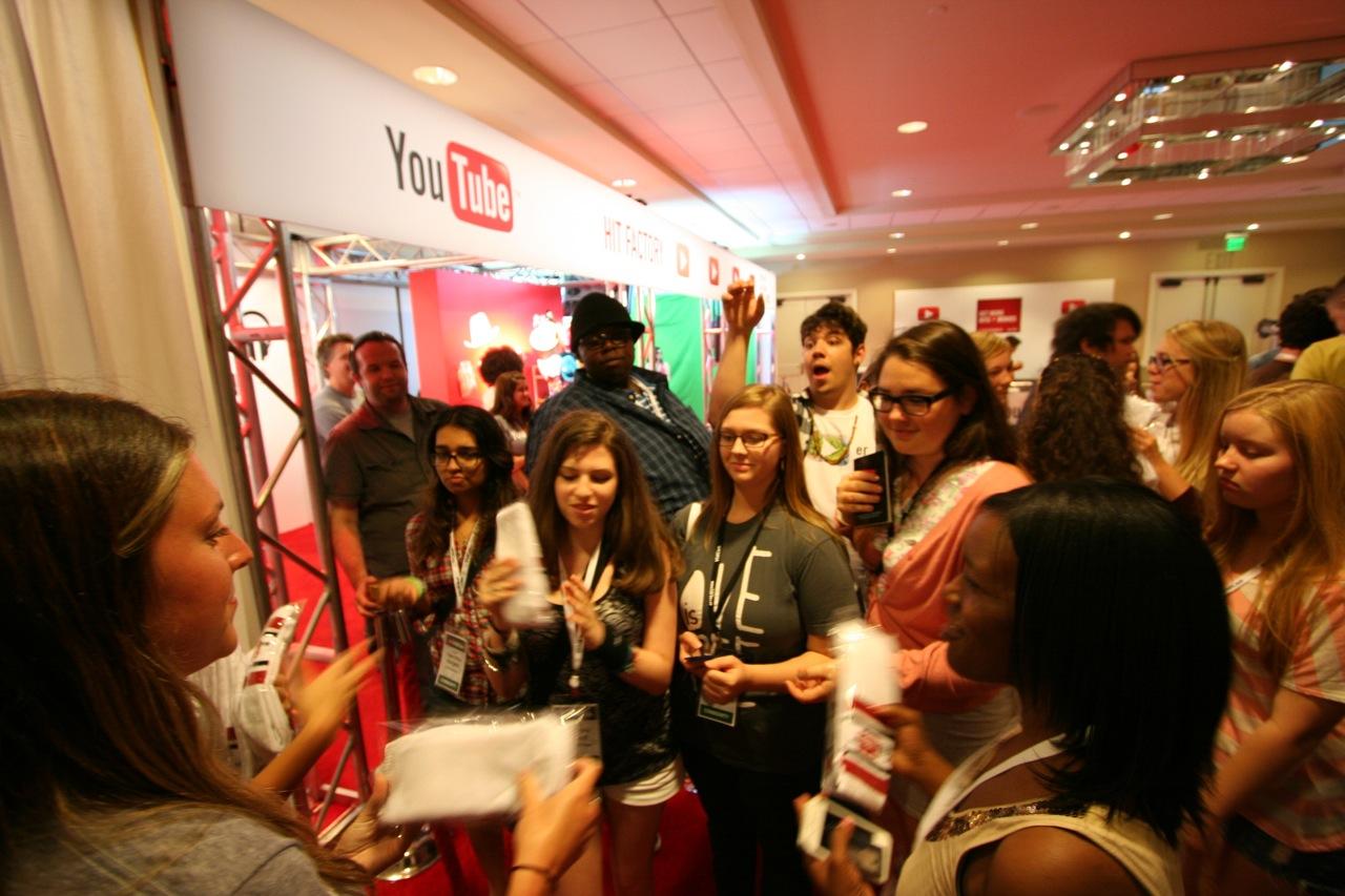 YouTube_VidCon'11_PLAY Room - 144.jpg