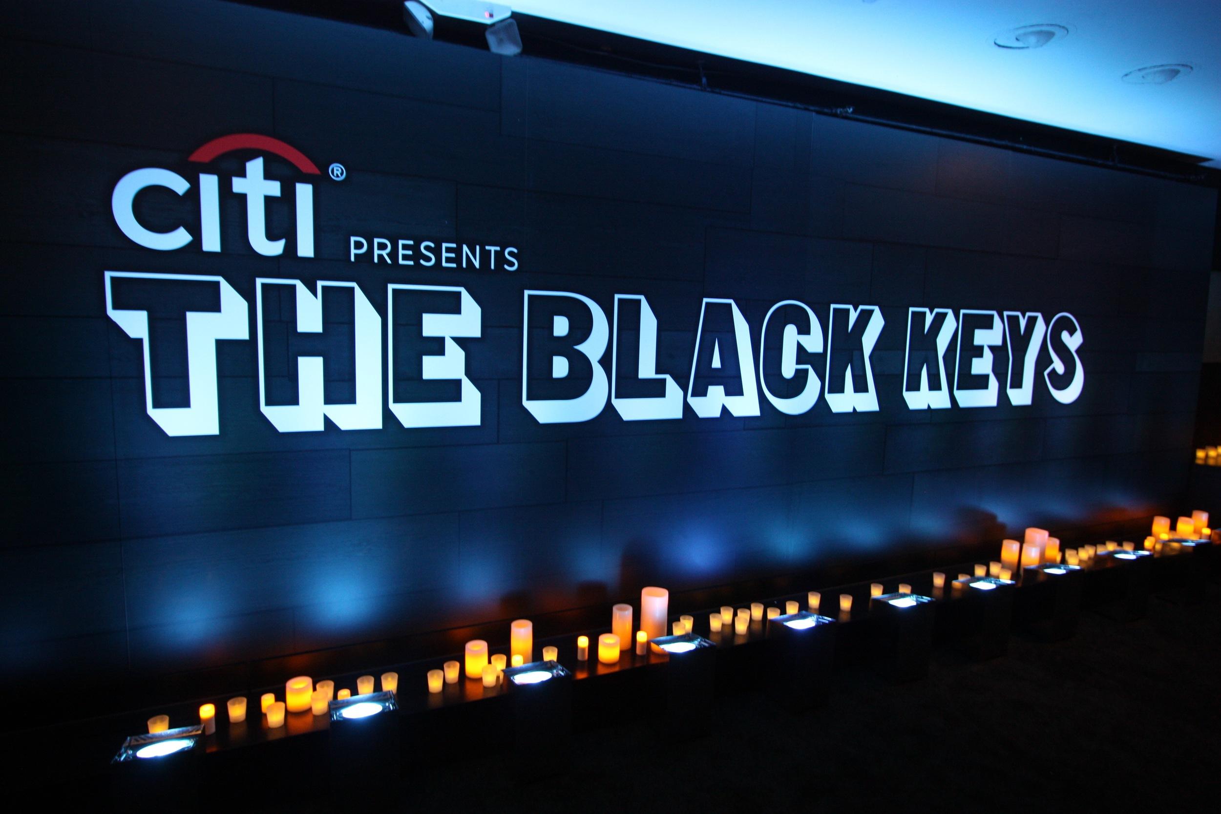 Black Keys Selects - 05.jpg
