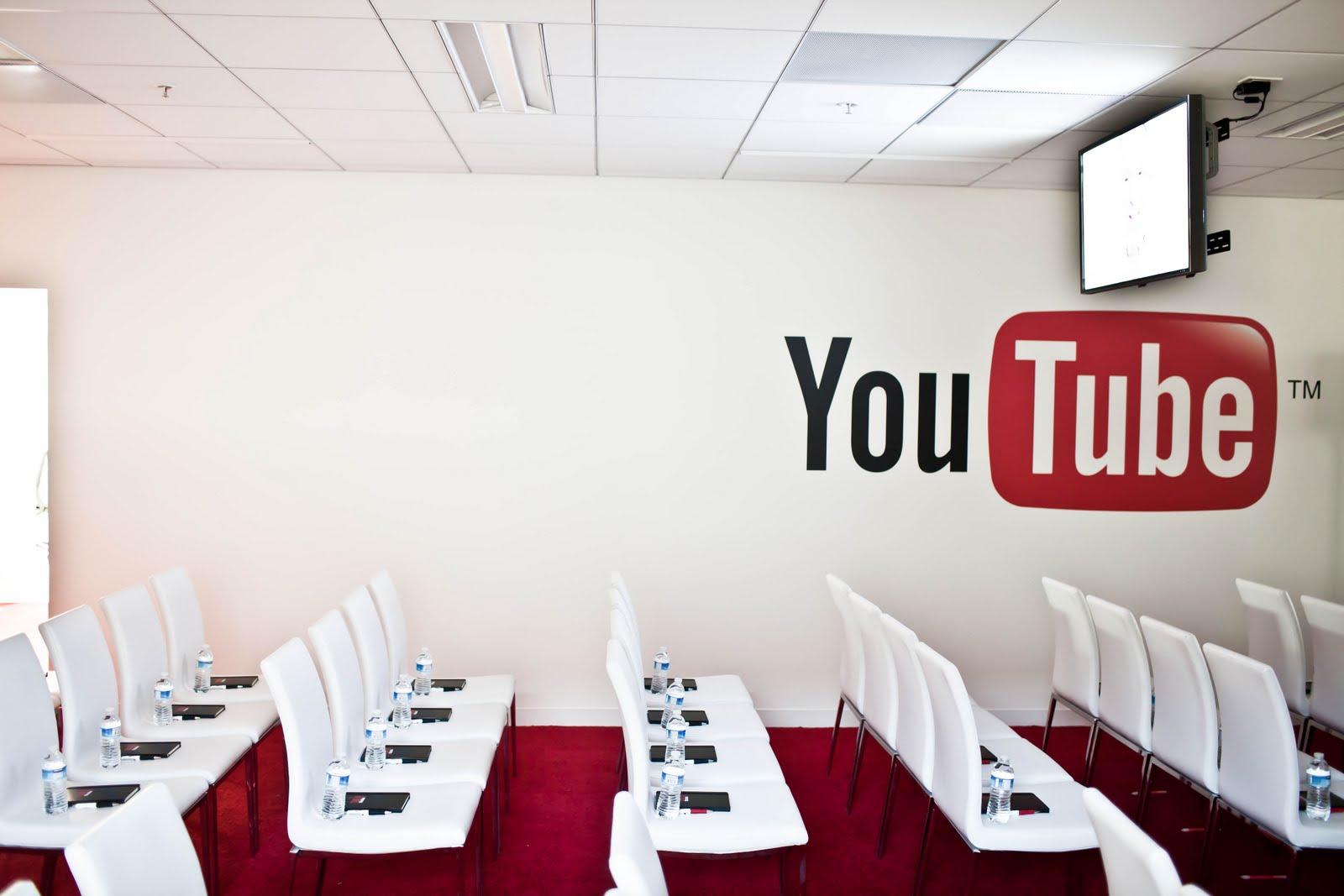 Tune In YouTube - 04.jpg