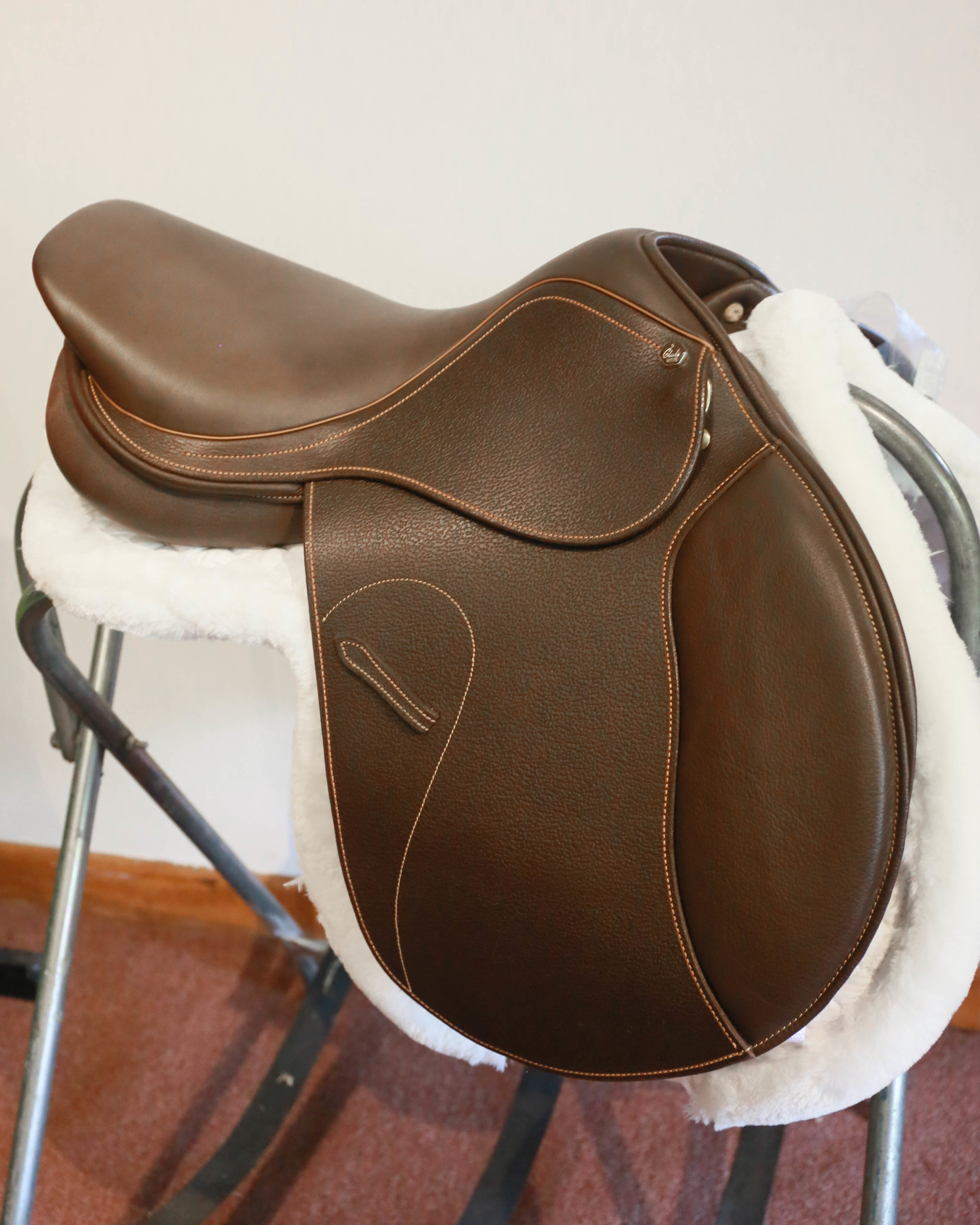 "HDR club - 18"" club saddle for the cost conscience. 495.00"