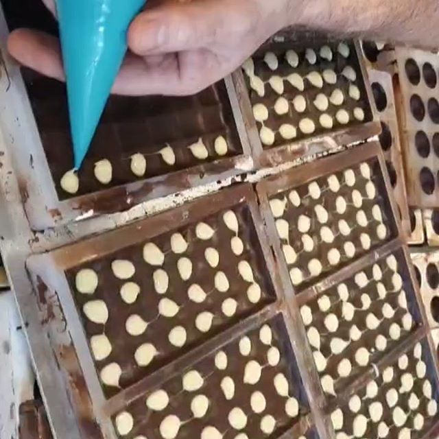 Busy, busy, busy here @mirriedancers chocolates..filling our Orca bars with our white chocolate & peppermint ganache..taste it, love it but hurry they're flying off the shelves every day..#orcas #orca #shetland #islandlife #livinglerwick #tasteofshetland #nofilter #orcapods #shetlandorcasightings #orkney #orkneyfoodanddrink