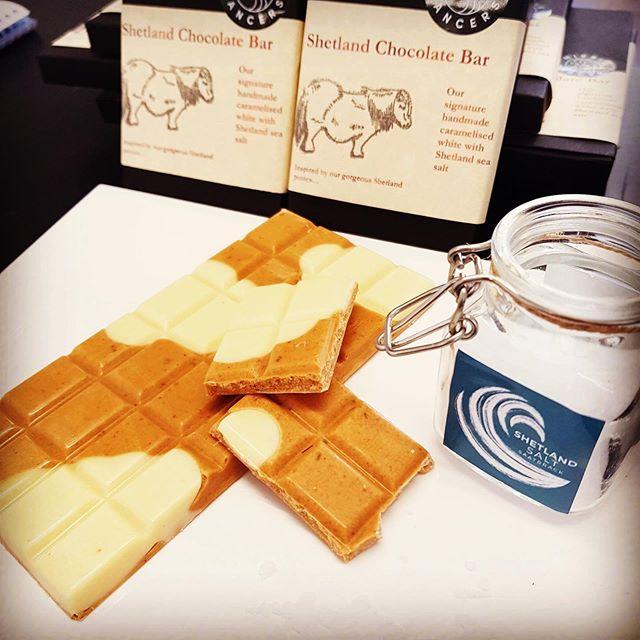 Our Shetland chocolate bar has hit the shelves in our Orkney store..delighted. We caramelise the chocolate in store and add fresh Shetland Sea salt..sssooo delicious! Also peedie jars of Shetland salt on sale in store too..does it get any better? Enjoy!!! #islandlife #caramelseasalt #shetland #orkney #orkneyfoodanddrink #saatbrack #shetlandseasalt #localbusiness #partnership