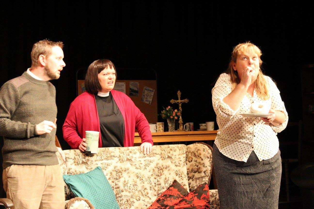 Stuart Sephton as Hugo, Janice Rendel as Geraldine and Rosalind Ford as Alice in The Vicar of Dibley