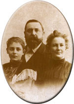 A family portrait of White Gull Inn founder Dr. Herman Welcker, his wife Henriette, and only daughter Mathilda.