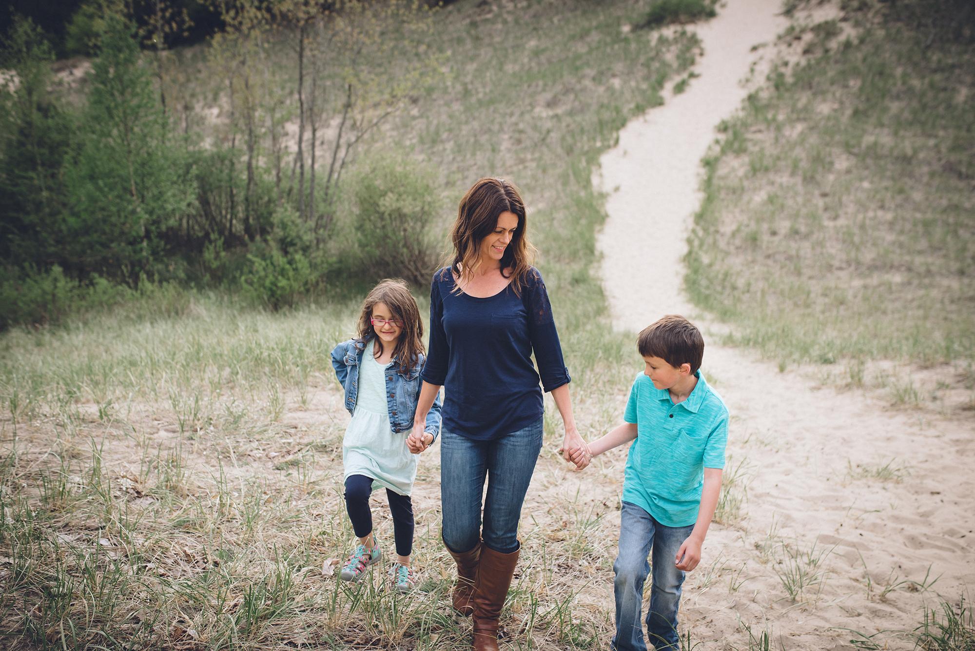Carol Baker Motherhood Session-32.jpg