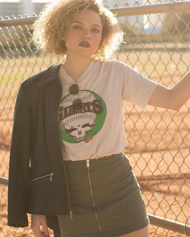 Steal your base ⚾️ @stacolburn // MUA: @boujeebeat styling: @rrosaliep