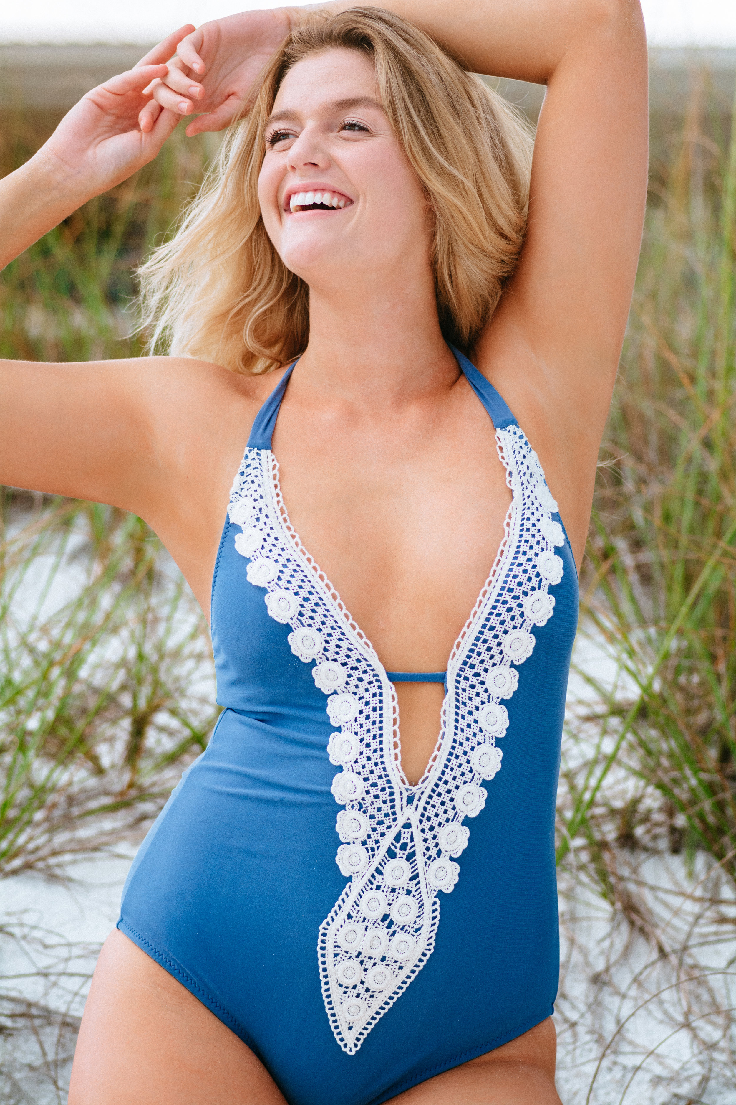 Dylan-Carney-Photography-Fashion-Lifestyle-Photography-Destin-Swim-Beach-Elizabeth-Braley-4.jpg