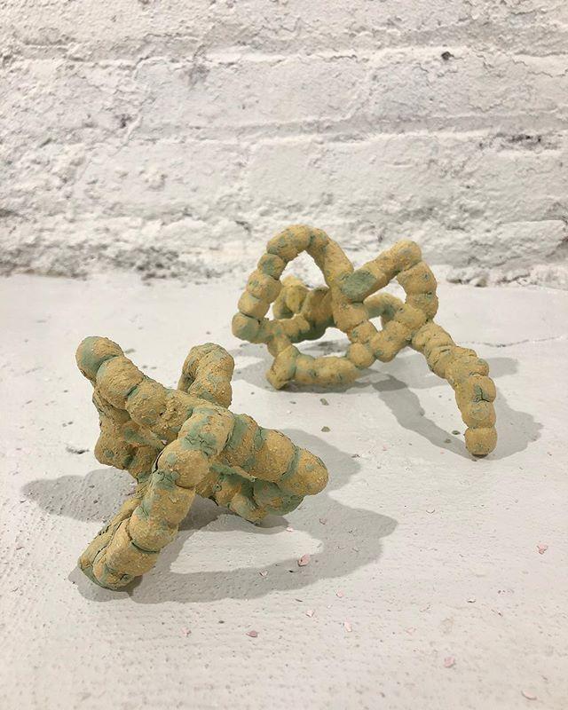 🐛〰️ #sculpture #ceramicsculpture #ssnyc #sculpturespacenyc #licqueens