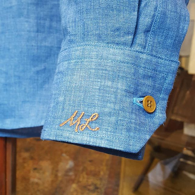 This client asked for his initials to be embroidered in his own handwriting. We also found a thread color that matched the buttons almost perfectly. It's not easy to sew in someone else's handwriting, but we think we got it pretty close!