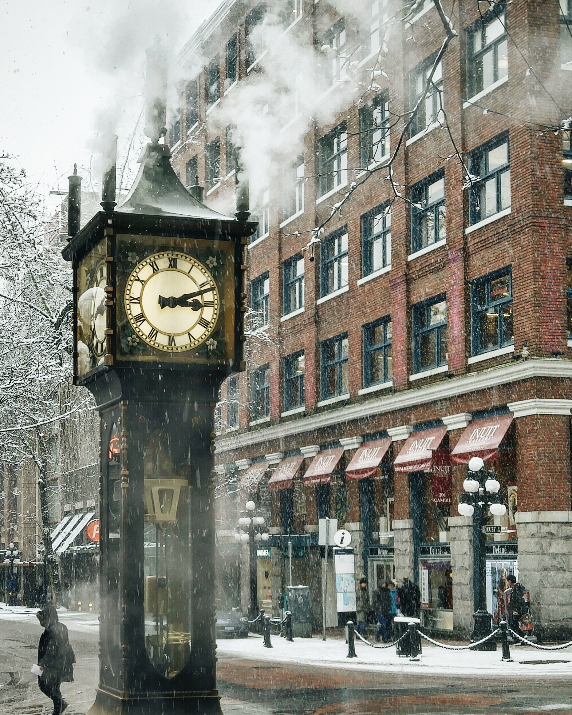 This old steam clock is one of Gastown's most memorable sights.