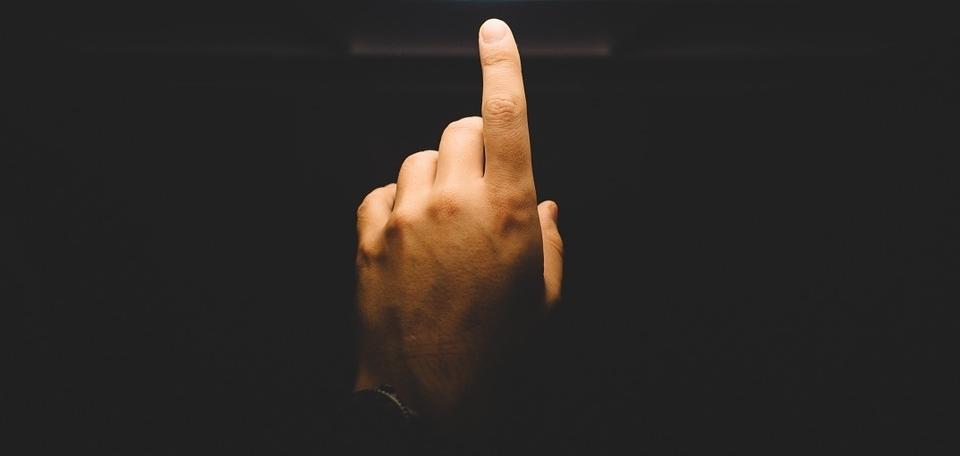 finger-922898_960_720.jpg