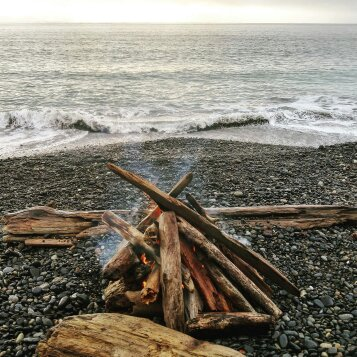 Beach fires. There's nothing more West Coast-y than bundling up in a Cowichan sweater, sitting on the beach next to a beach wood fire, and listening to the waves lap against the rocky shore.