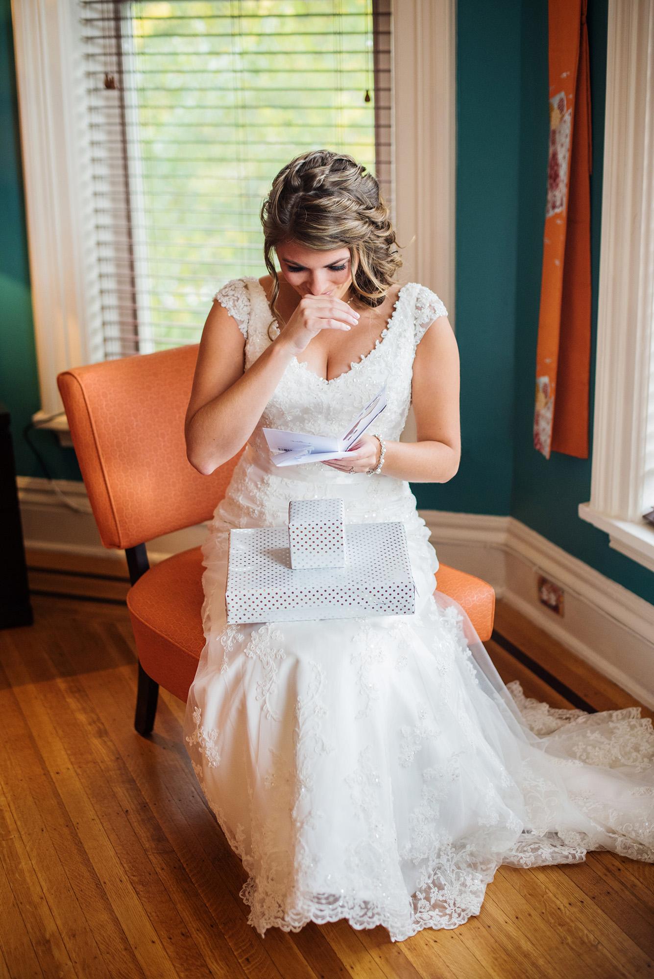 Chris Emma got married-Emma Getting Ready-0104.jpg