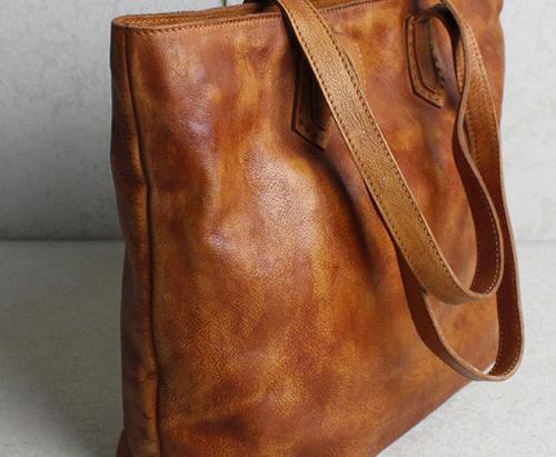 handtasche-einkaufstasche-ledertasche-atelierkartal-schneiderei-meinschneider-leder-textil-reparaturen-flicken-reissverschluss-schweiz-futter-aenderungsatelier