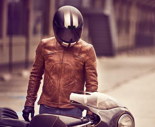 motorradjacke-motorradbekleidung-jacke-aermel-kuerzen-reissverschluss-enger-weiter-atelierkartal-schneiderei-reparieren-flicken-textil-leder-aenderungsatelier