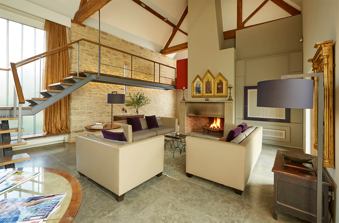 - Whistlers Barn is a beautiful example of a building that has recently been converted and extended to offer greater living areas while staying true to the elements that give this period property its charm.The original part of this inviting property is believed to date back to the 1800s and is nestled in an Oxfordshire village that plays host to a surrounding perfectly befitting of a home of this stature. As the name suggests, part of this home was a barn at some stage and the transformation into a stunning 3000 sq ft home is truly inspiring.