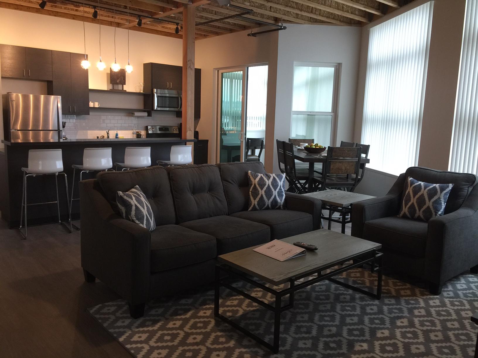chung 1 livingroom 2.JPG