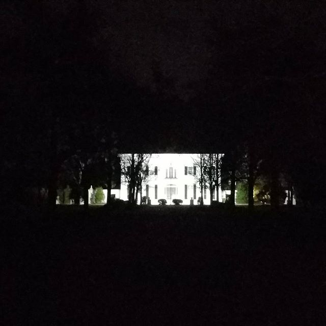 Hames Hall at night. Finished the front of the house with new LED lighting. Can ypu see me now! #hameshall #shuglife #shugthepaintedchef #foodie #statesboro  #lowcountrywedding #plantationwedding #destinationwedding #claxton #savannah