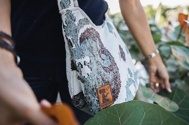 One of our favorite fabrics, Rama, is still in stock online in our Mini-Hobo style! Something unique about our fabric is that once it is gone, it's gone! We won't be able to bring it back because we sustainably source dead bolts and discontinued fabrics. This allows us to buy affordably while also helping keep our country green and thriving 🌴  That means that what you see in stock online is it! So have fun collecting for fav fabrics along the way and remember how special your pieces truly are ✨ . . . . . . . . . #purchasewithpurpose #empoweringwomen #rescuinggirls #globalgoods #madeformore #alwaysmore #dareformore #giftswithpurpose #ethicallymade #ethicalfashion #changemaker #sustainablefashion #fashionwithpurpose #fashionwithapurpose #artisans #artisangoods #storybrand #forthesakeofgirls #giveback #summervacation #schoolsout #schoolisout #newhopegirls #justice #mission #internationaljustice #sustainability