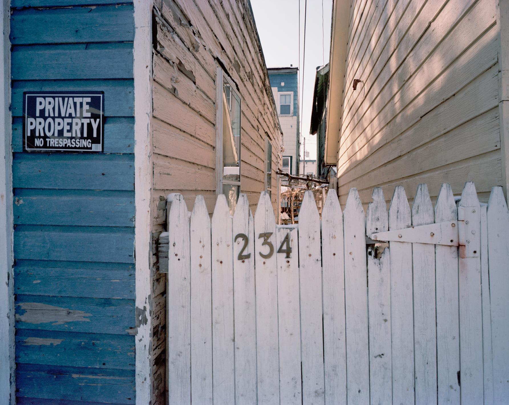 Rope243OverFenceSmall.jpg