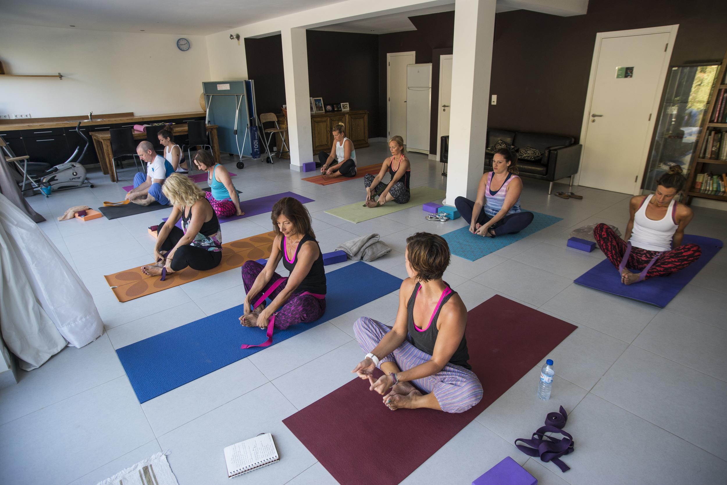 Yoga Portugal-08153.jpg