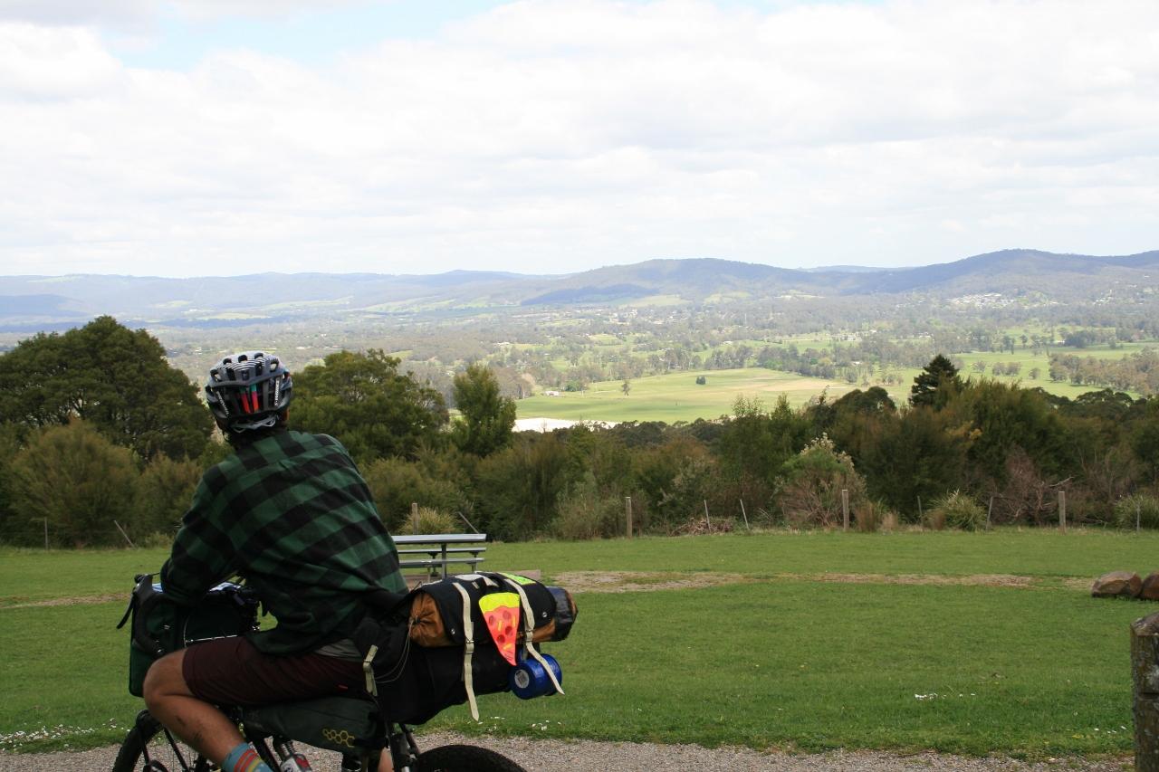 O'shannassy aqueduct trail yarra valley bike