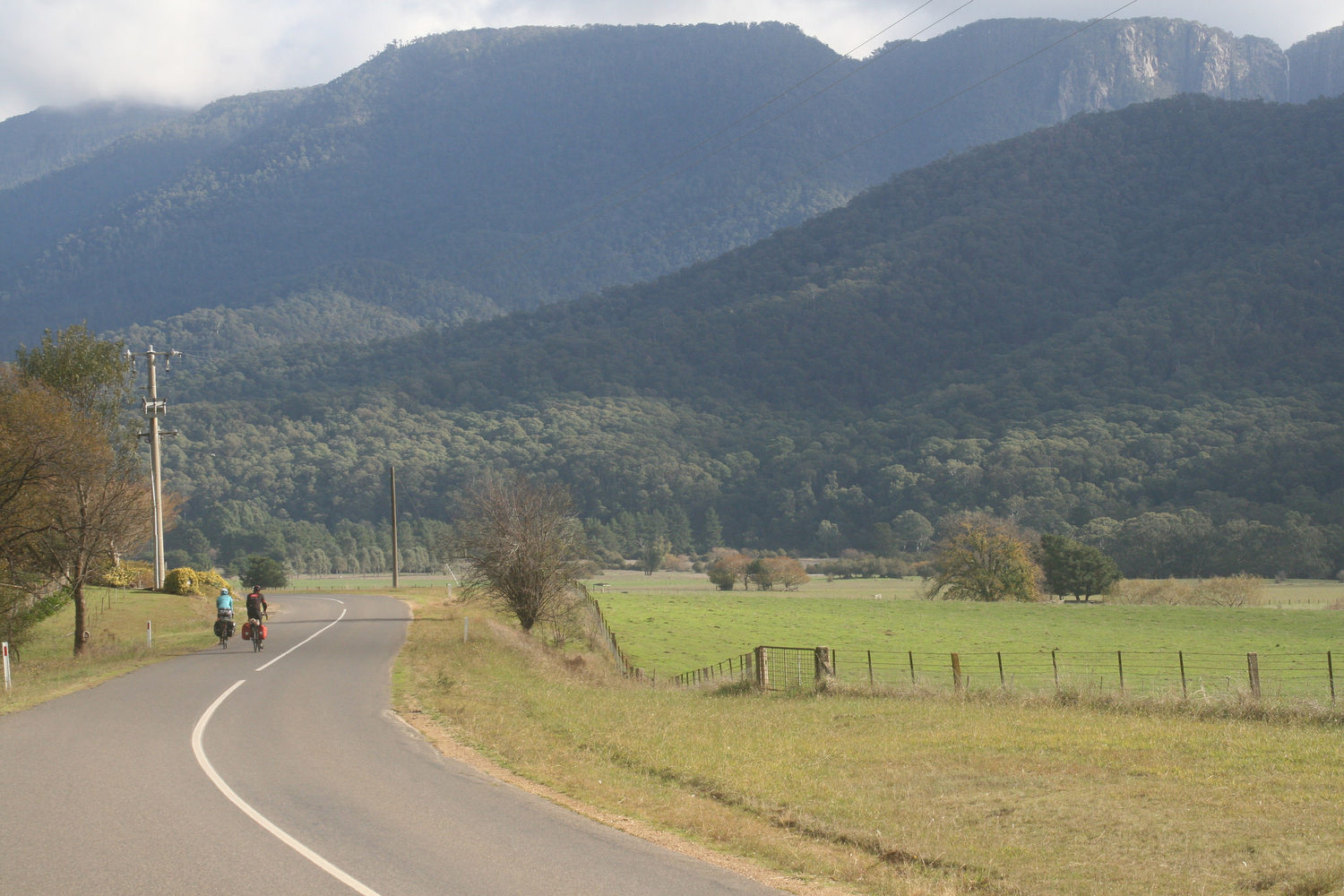 buckland valley cycle touring