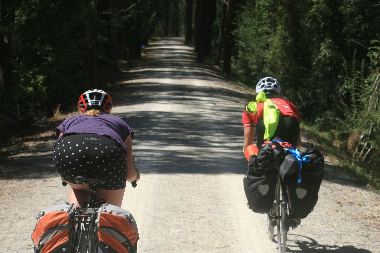 lilydale warburton rail trail cycle touring
