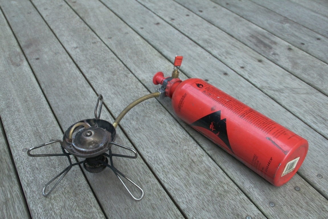 MSR whisperlite multi-fuel stove 900 bottle