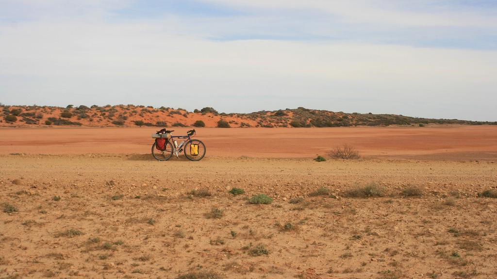 Surly long haul trucker touring bike australia oodnadatta track