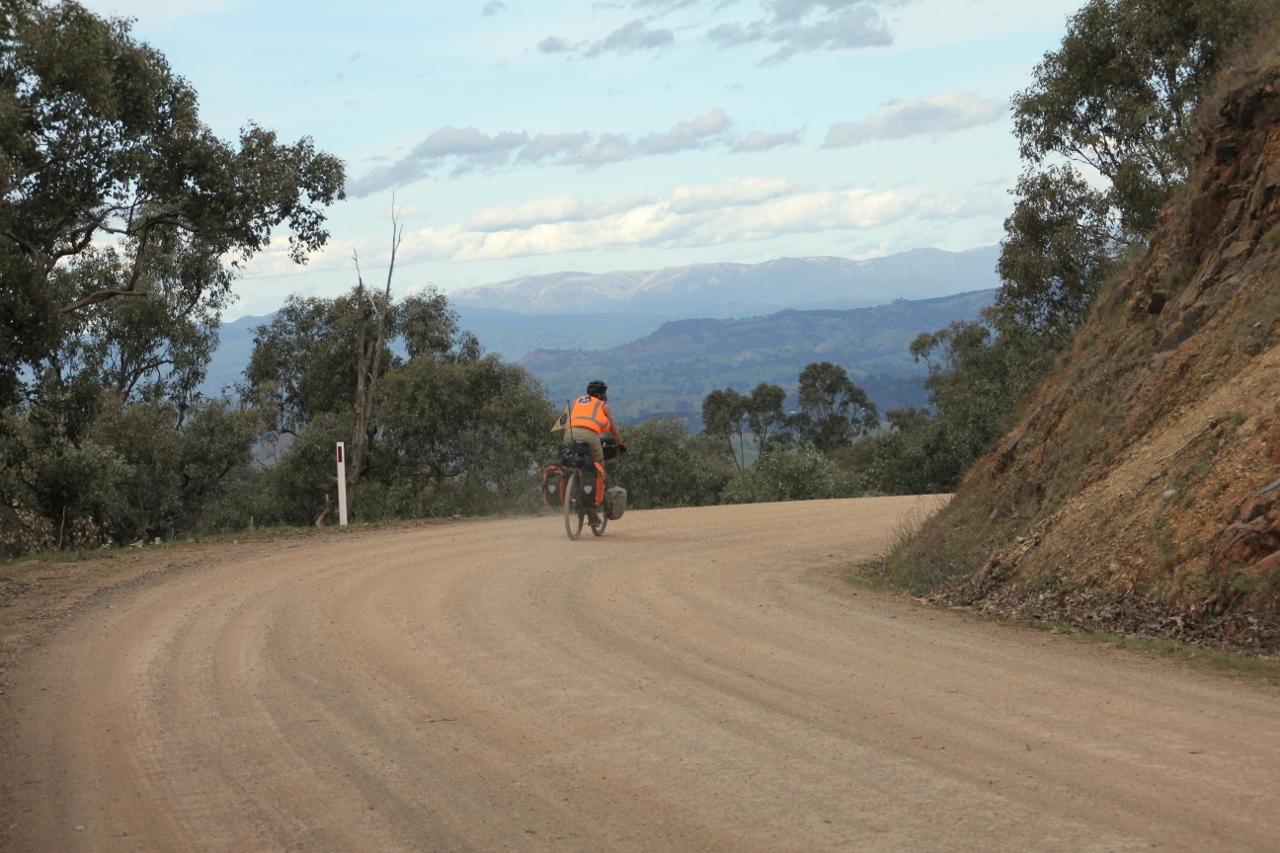 skyline road eildon cycling