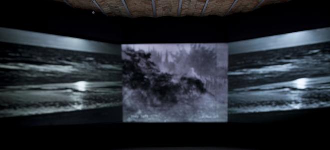 Basel Abbas & Ruanne Abou - Rahme, Arzunun Kayıp Nesneleri, sergi görüntüsü, 2013, Galeri Manâ. Fotoğraf: Pierre Vicarini
