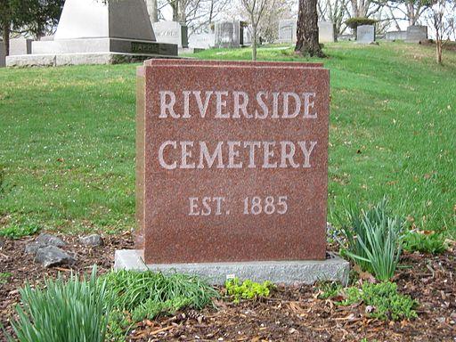 RiversideCemetery.jpg