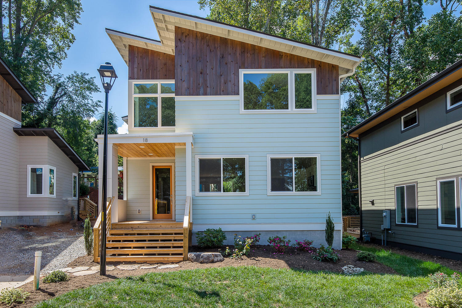 Brand New Green Built Home by JAG Construction.jpg