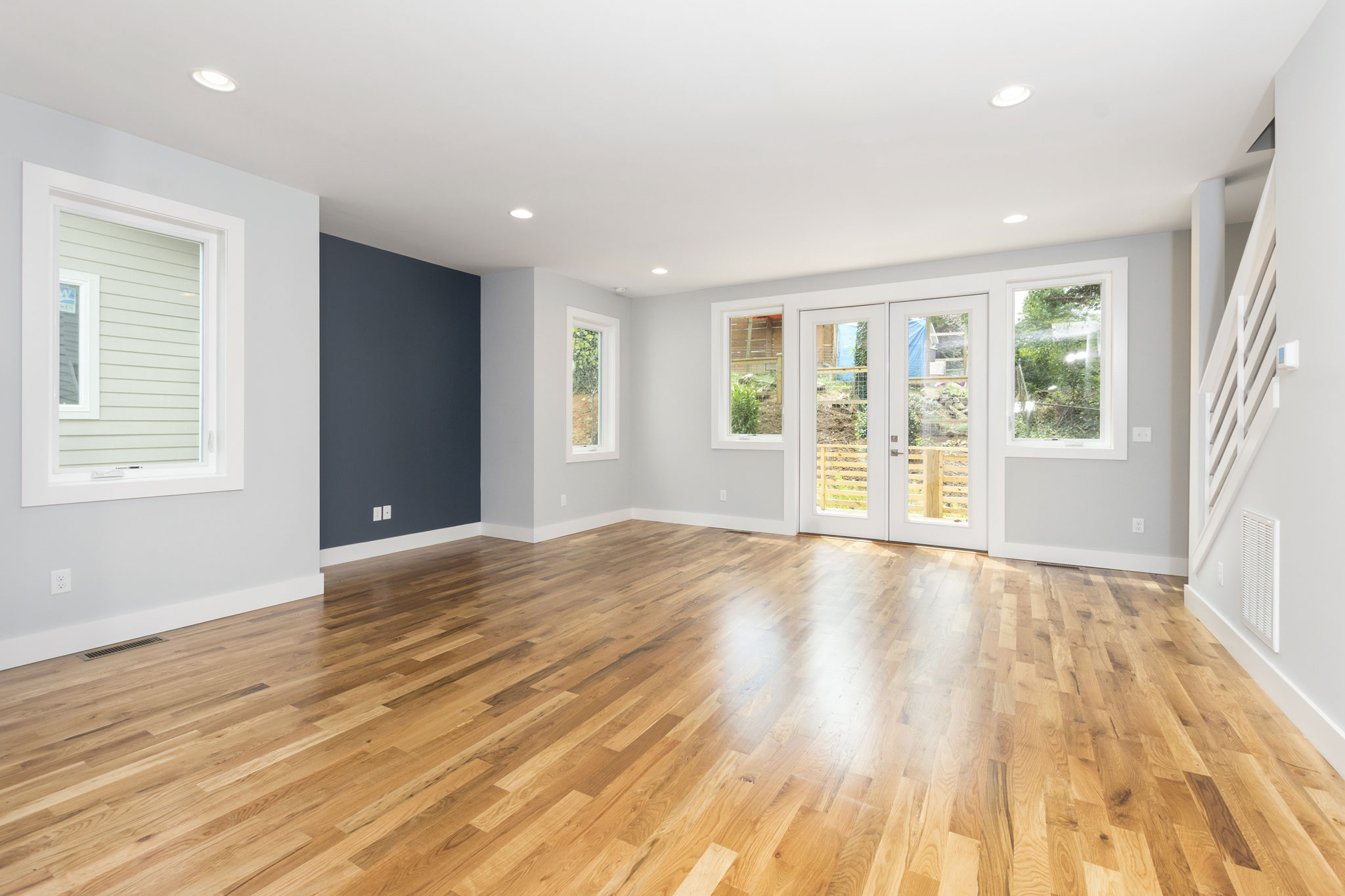 Spacious Lining Room Opens to Back Deck.jpg