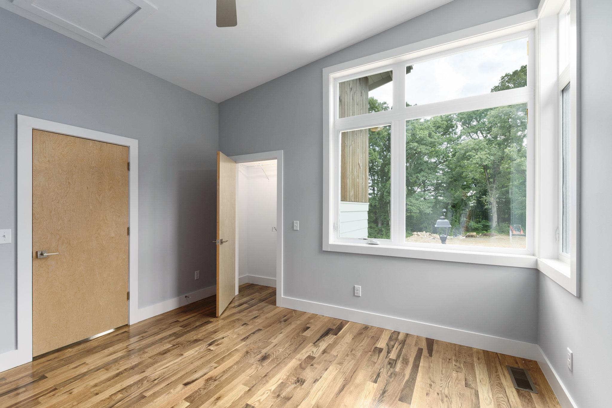 Oversized Windows in Bedroom #3.jpg