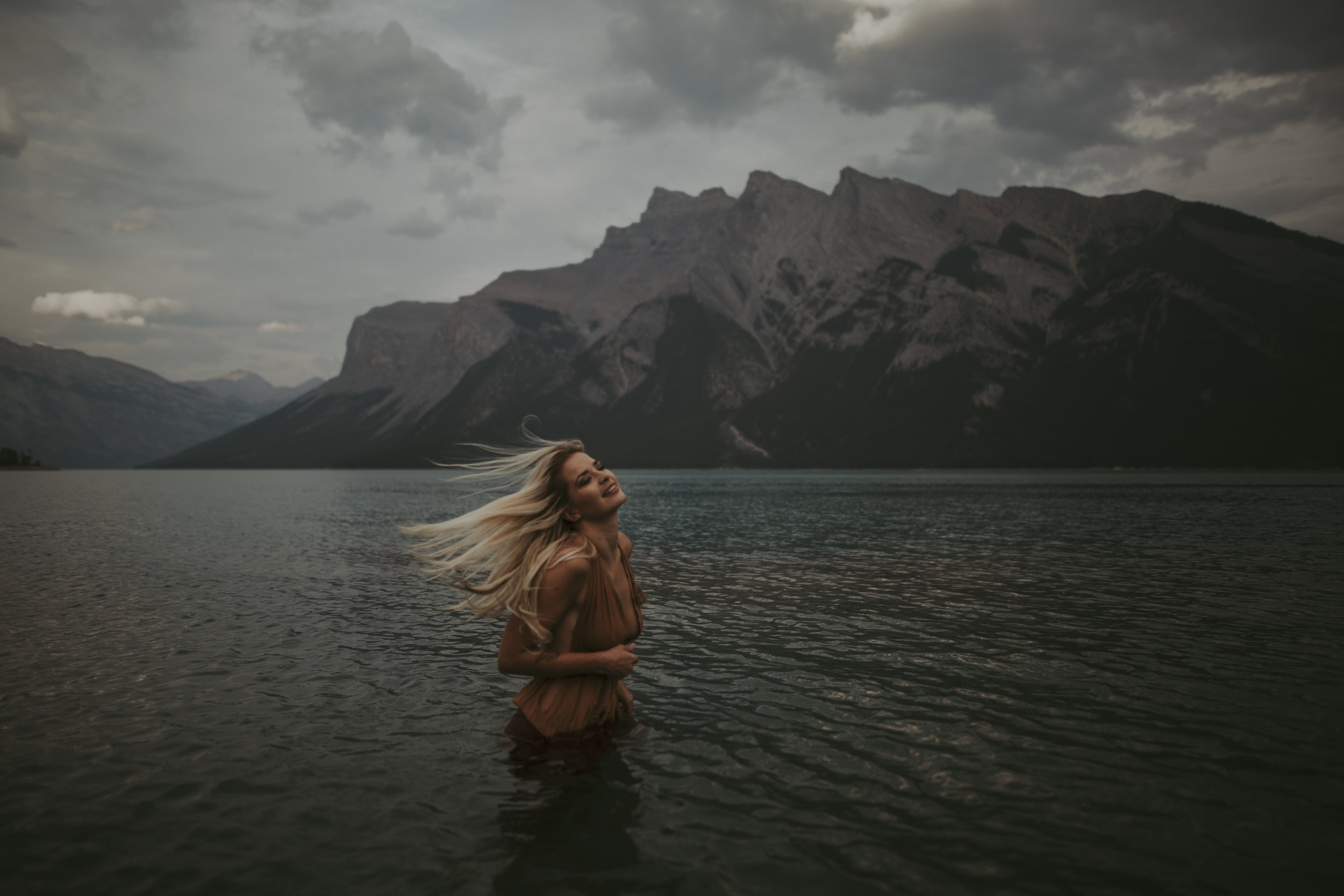 Banff Adventure Session, Best Instagram Photographers, Banff Portrait Photographers, Destination Model Photography, Canadian Rocky Mountain Portrait Adventure Session