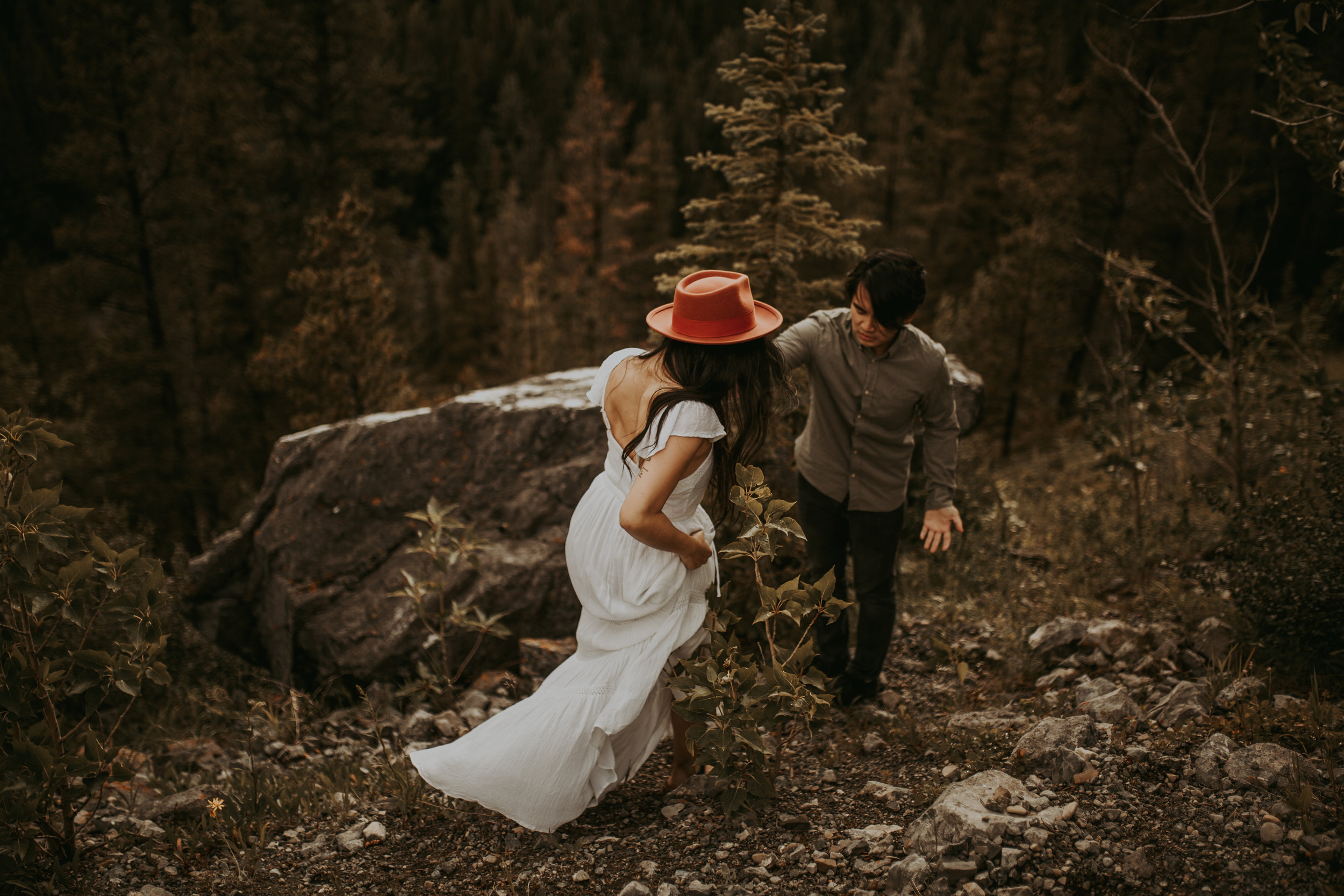 Banff Engagement session, Banff photographer, Banff elopement, Banff Photography, Italy Elopement. Engagement session inspiration