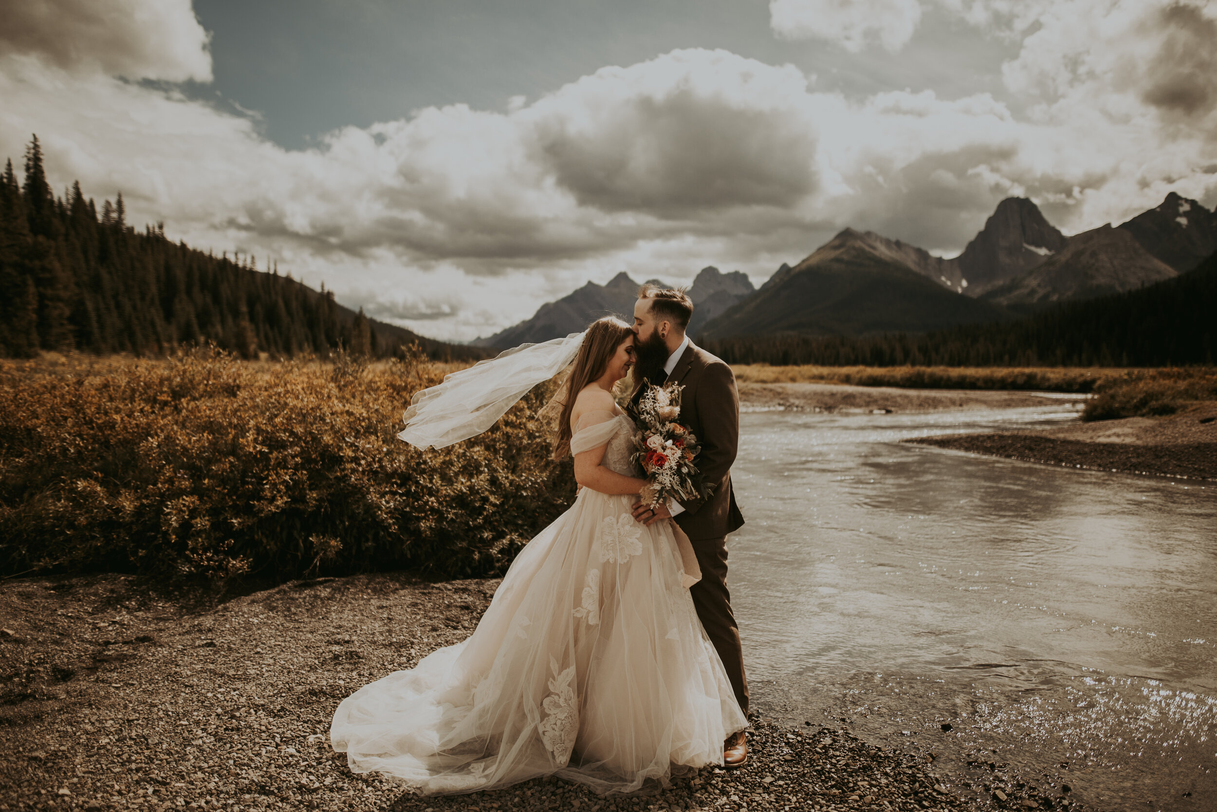 Banff Engagement session, Banff photographer, Banff elopement, Banff Photography, Banff elopement photographer