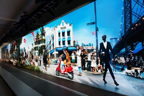 Fashion Week NY 120' LED.jpg