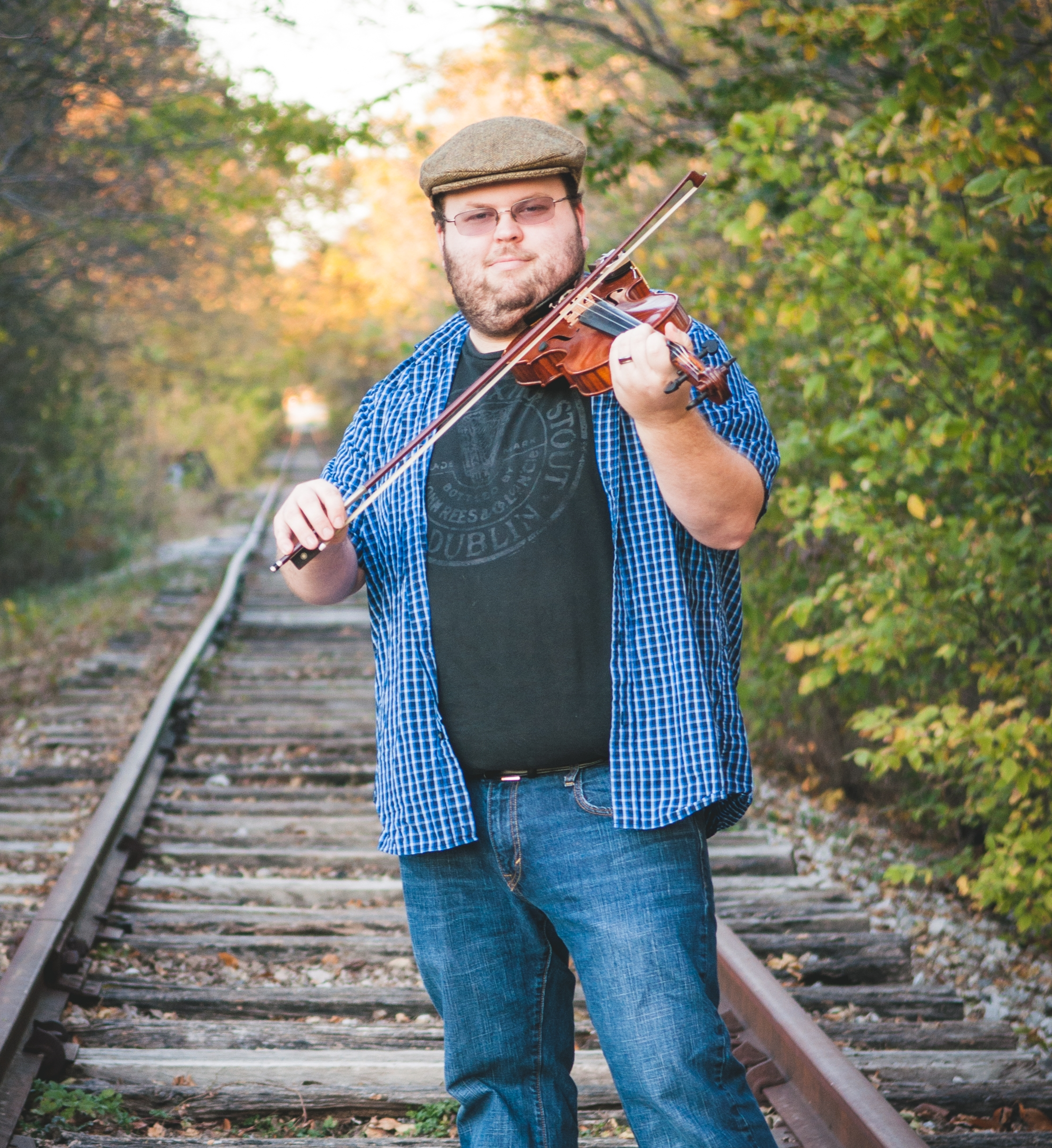Kelvin Hoffman - Vocals, Fiddle