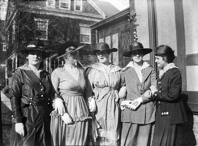 Five women of Lakewood, NJ circa 1914-1918 via Richard @ Flickr