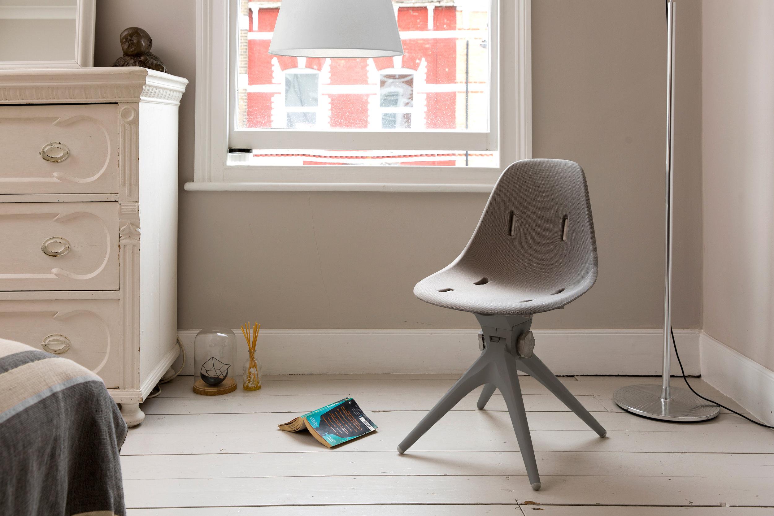 Pentatonic AirTool Chair, SRPX seat bedroom view.jpg