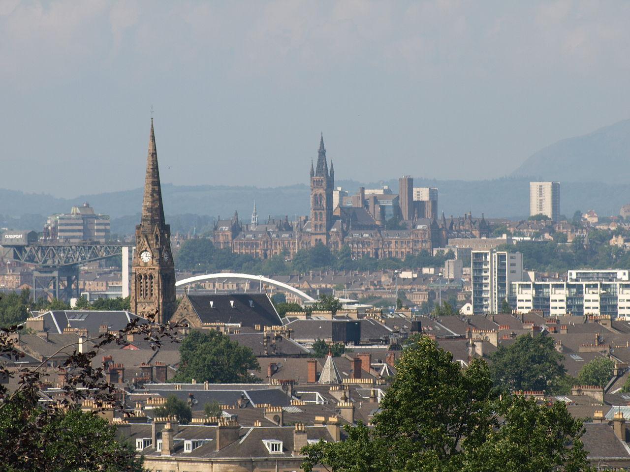 Glasgow. Image by  John Lindie  via Wikimedia Commons