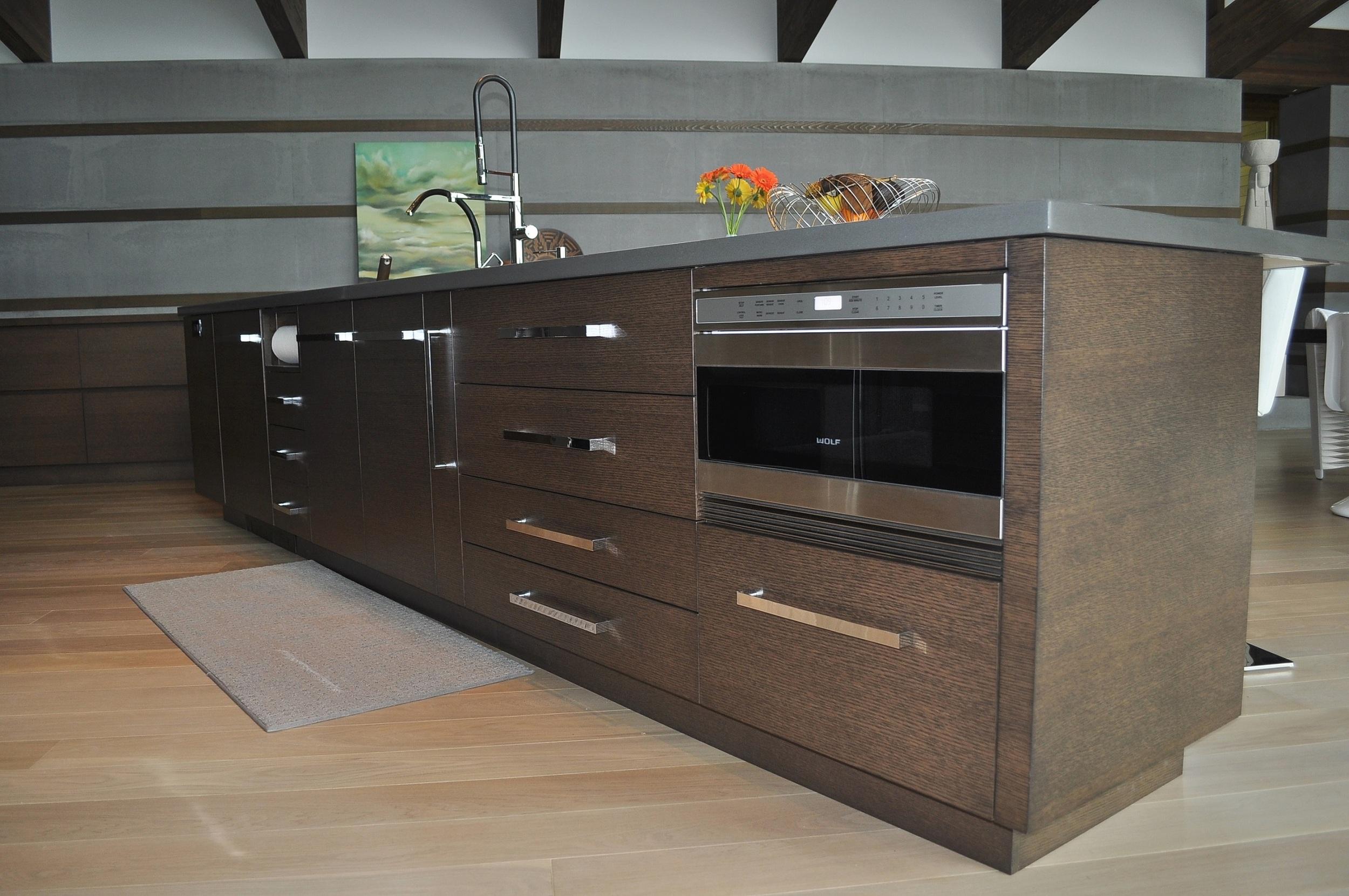 stained-white-oak-custom-kitchen-island-cabinetry.JPG